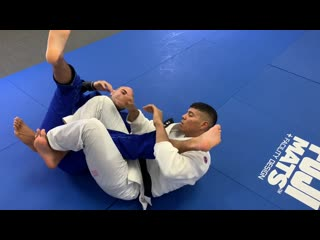 How To Do The Most Powerful BJJ Kneebar by Victor Hugo how to do the most powerful bjj kneebar by victor hugo