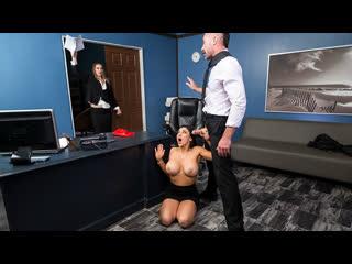 [Brazzers] Audrey Bitoni - Emergency Dick Distraction NewPorn2019