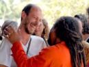 Муджи Объятия Искренняя улыбка чистая энергия Иногда для счастья нужно всего лишь теплое объятие родной души 2013 2014 1 2 3 4 5 6 7 8 9 сезон серия