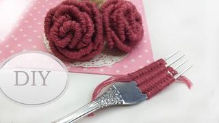 DIY🌹  Роза на вилке   Easy Woolen Rose with Scale   Como hacer una rose con un tenedor 🌹