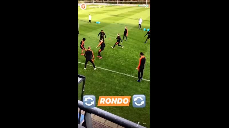 Квадрат сборной Голландии 8v2