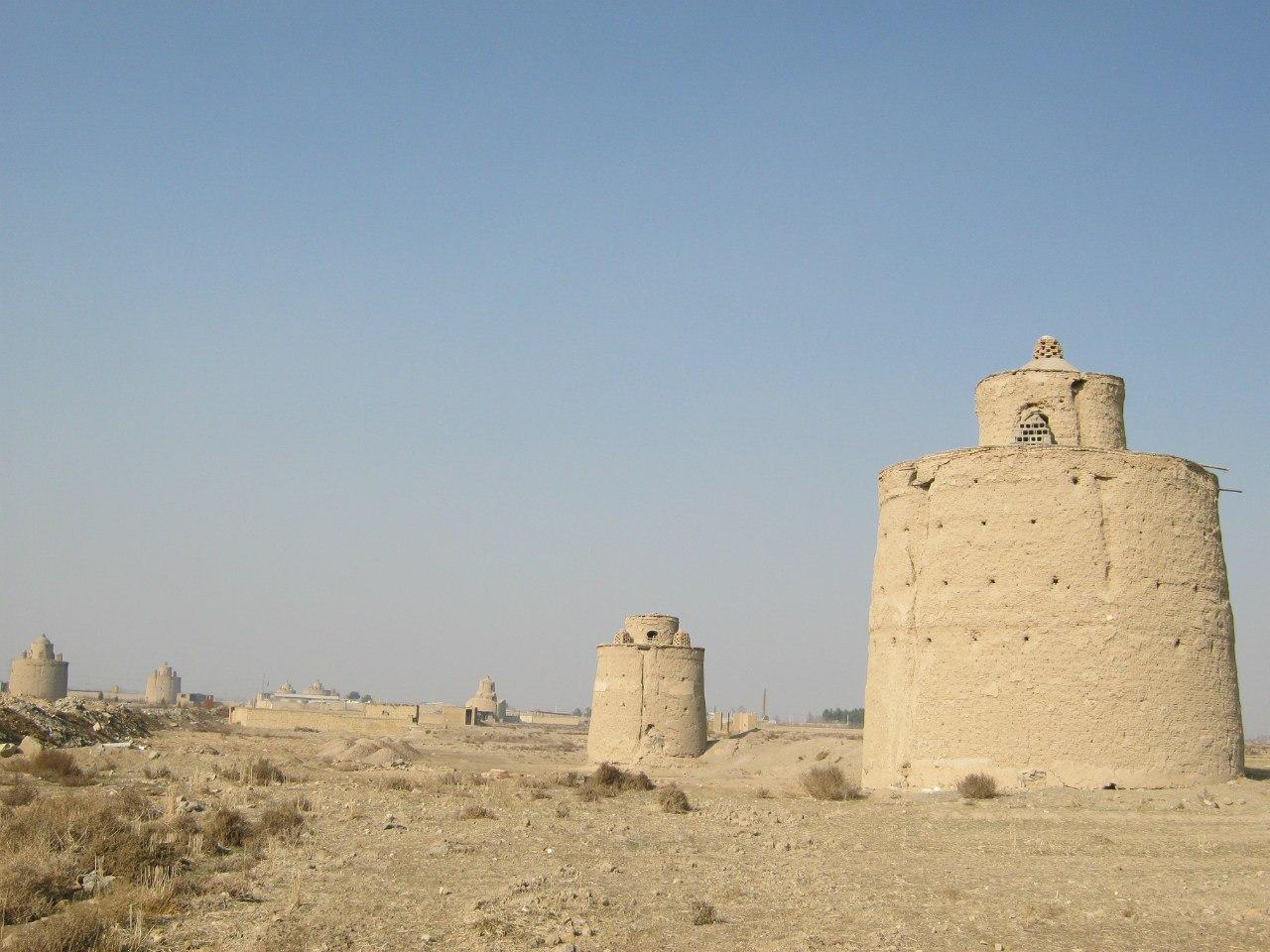 Голубиные башни около Исфахана