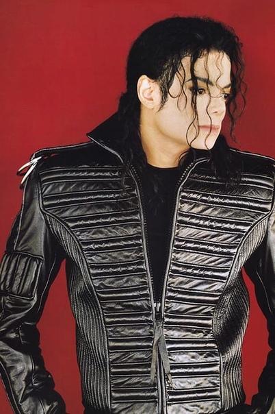 29 августа - день рождения поп-короля Майкла Джексона.