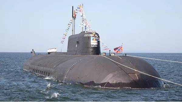 Источник объяснил появление российской подлодки у берегов Аляски