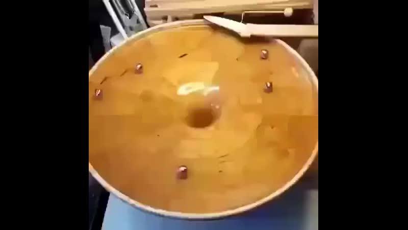 Визуализация гравитации с помощью мрамора mp4