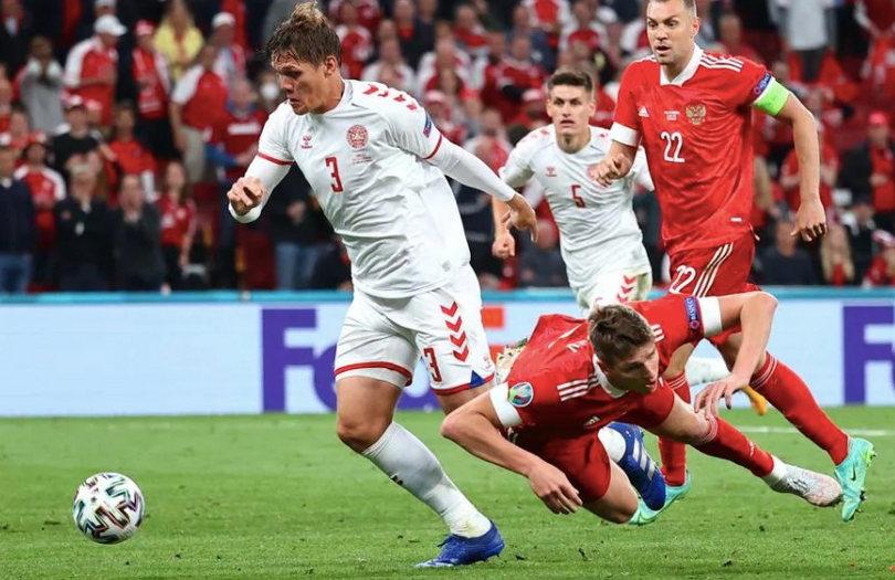 Соболев заработал пенальти в матче с Данией. Промес дебютировал на Евро
