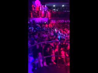 Новогодняя вечеринка the rave