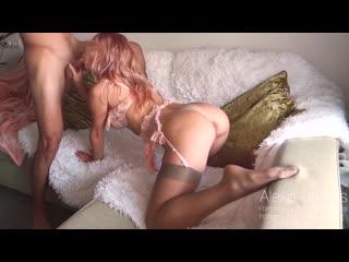 Трахает сексуальную студентку в чулках [порно, секс, трахает, русское, инцест, мамка, домашнее