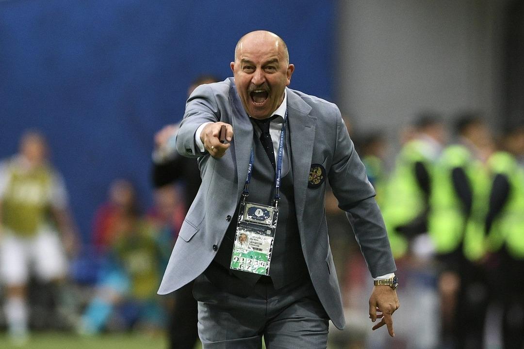 Станислав Черчесов, главный тренер сборной России по футболу