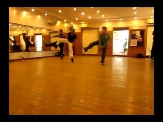 just Dance Choreographer Paresh Sir teaching for Hritik Roshan.......