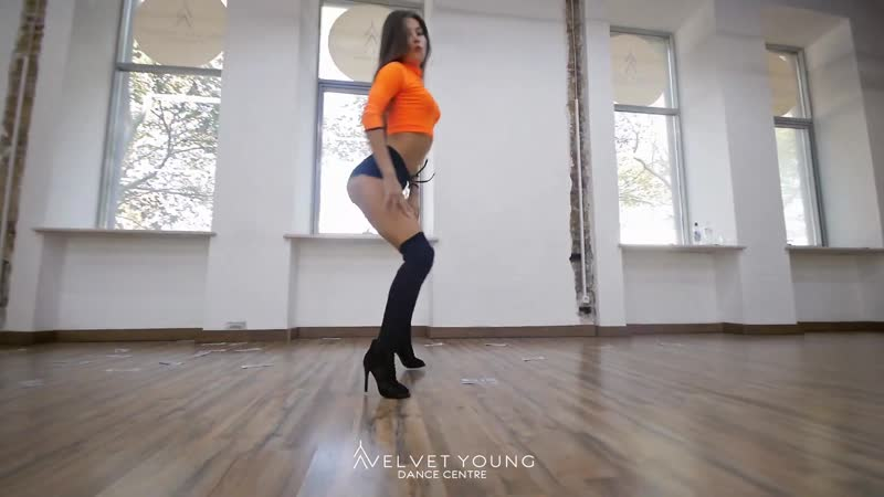 Iggy Azalea Kream ft Tyga Viktoria Boage Twerk VELVET YOUNG DANCE CENTR