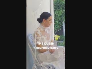 19 de enero selena gomez celebrando la despedida de soltera de courtney en su casa ubicada en studio city, california. (2)