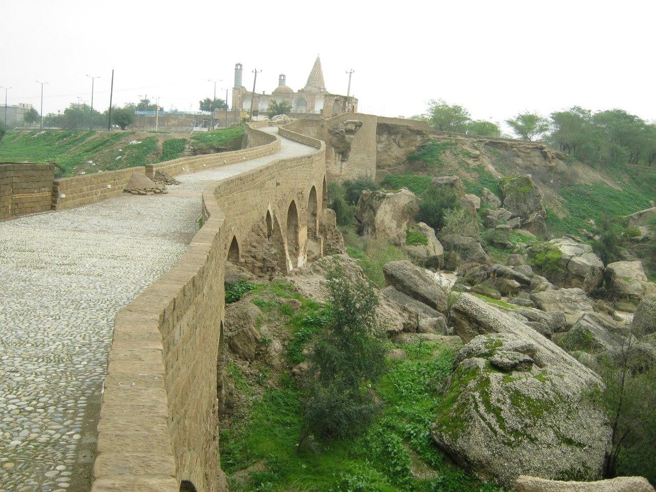 Древний мост в Шуштар