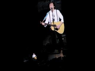 """Paul McCartney """"ON THE RUN"""" in Edmonton, 2012-11-29"""