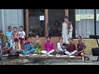 Шубха Свагатам в исполнении деток из Днепропетровска