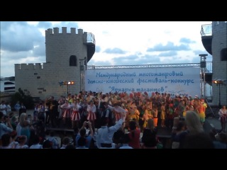 А'ртур Хороший - Все танцуют Локтями (Открытие фестиваля Ярмарка Талантов 2014)