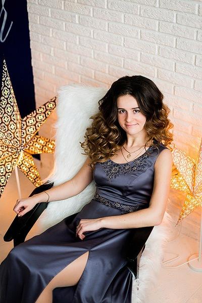 Елена Стрельникова