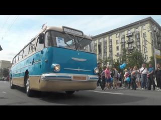 ИНФО: прибытие ретро-колонны на Фрунзенскую набережную