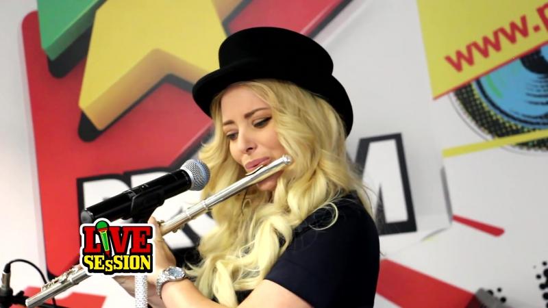 Delia canta LIVE la flaut ProFM LIVE Session