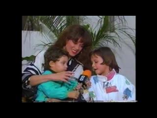 Lucia Mendez… con su hijo Pedro Antonio y su hermanita Apolonia (Feliz Día de la Mamá)