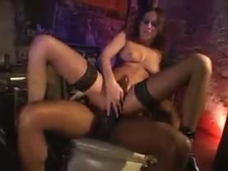 порно видео лесбиянки по принуждению
