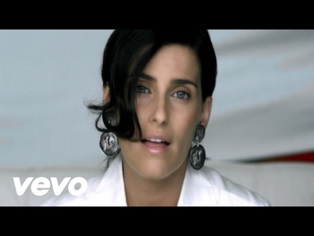 Nelly Furtado Manos Al Aire Official Music Video