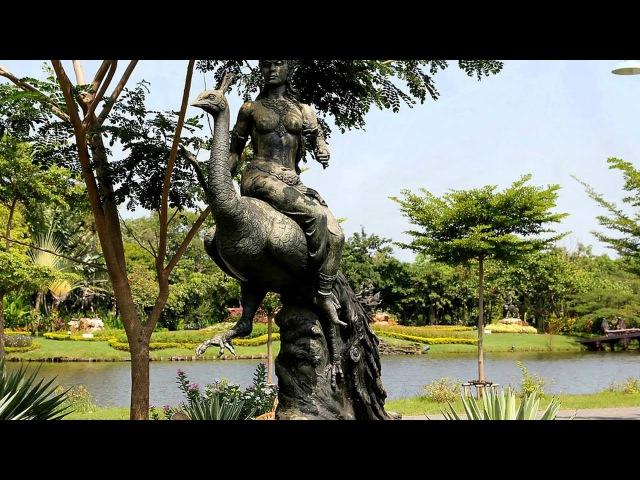 Парк в древнем городе Муанг Боран