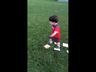 Ось що потрібно дітям) Майбутня спортивна зірка!