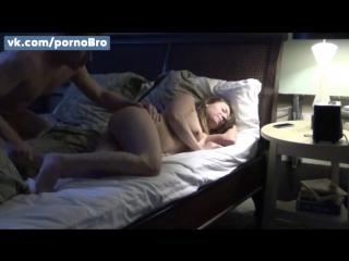 Парень трахнул спящую сестру. инцест порно домашнее видео запретное молоденькая