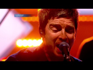 Noel Gallagher - Stand Up to Cancer -  (HD)