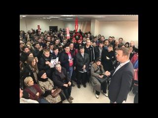 Сурковская пропаганда: В штаб Навального пришёл адекватный человек