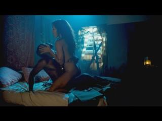 Melanie Liburd - Strike Back (2015) (эротическая постельная сцена из фильма знаменитость трахается голая sex scene)
