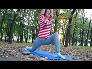 Yoga pants wetting in the park