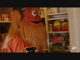 Gritty visits the fusion house