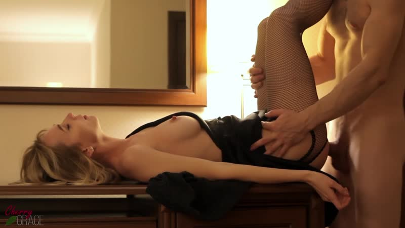 Cheating Wife Creampied By A Stranger In The