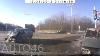 Зачем пристегиваться Подборка Аварий. Вылетели Из машины. Зачем нужен ремень безопасности