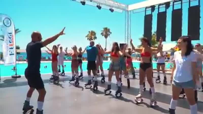 Добавьте в ваш день ярких эмоций вместе с Kangoo Jumps каждый вторник в 11.15!