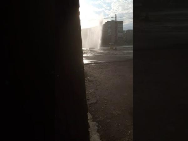 Жителей ХБК возмущает коммунальный фонтан в центре посёлка текстильщиков.
