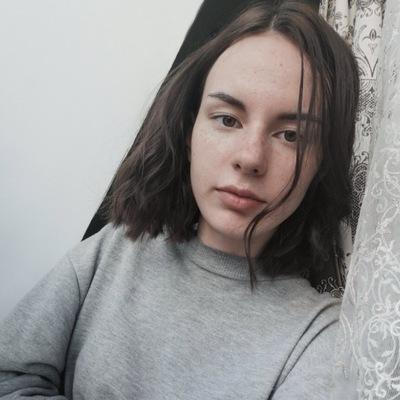 Ангелина Суслова