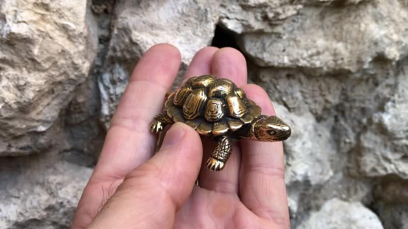 Миниатюрная фигурка Черепаха