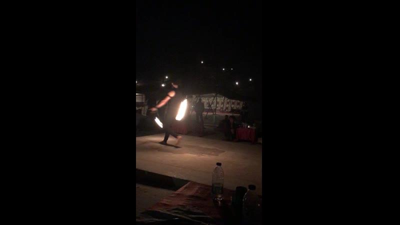 пустыня ОАЭ в гостях у бедуинов файер шоу