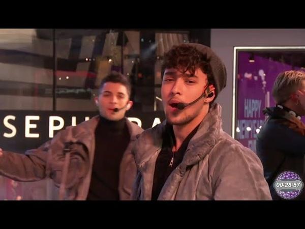 Ya Tu Sabes Pegao Reggaetón Lento en Time Square New York