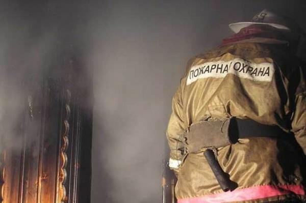 В Волжске загорелось реконструируемое здание
