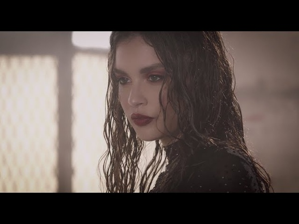 Sabrina Claudio - Take One To The Head (Movement Visual)