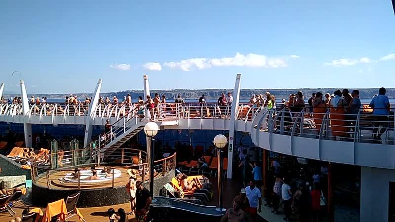 Отдых в круизе на лайнере Дивина MSC