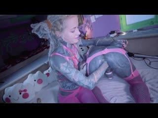 Anuskatzz - Sissy slut Lily Lulu gets fisted Tattooed Shemale