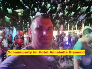 Schaumparty im Hotel Annabella Diamond. Пенная вечеринка в отеле Annabella Diamond