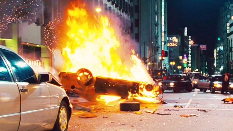 FAST and FURIOUS: TOKYO DRIFT - City Chase / Han Dies (RX7 EvoX vs 350Z 350Z) 1080HD