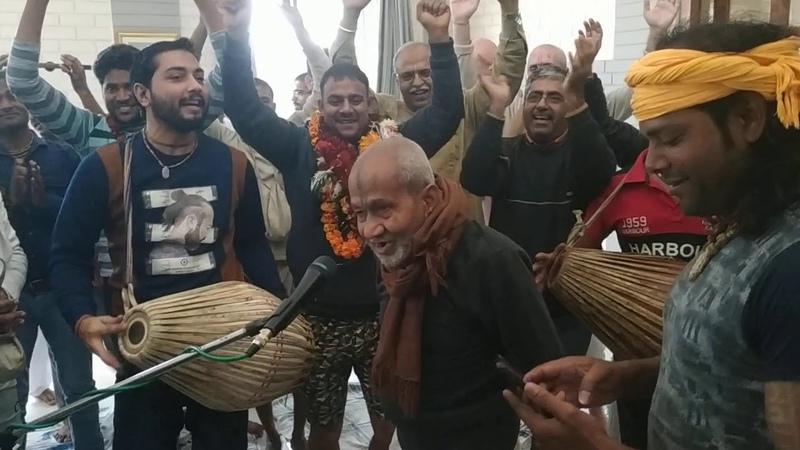 Pran Krishna Das Babaji in Radha Madhav kunja Radha kunda