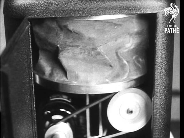 Plastic Lung 1946